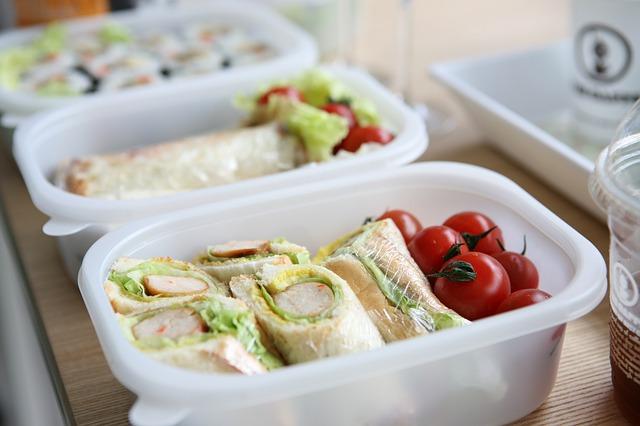 jakie pojemniki na żywność wybrać?